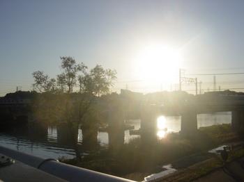 04_鶴見川.JPG