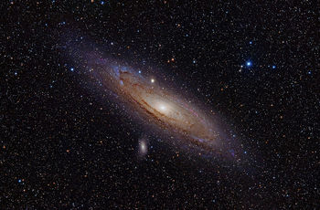 800px-Andromeda_Galaxy_(with_h-alpha).jpg